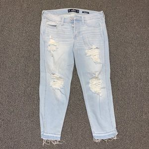 New Hollister Size 5 Light Wash Boyfriend Jeans